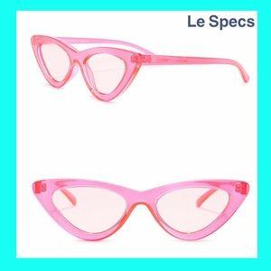 Heart Breaker Cat Eye Sunglasses: crystal hot pink